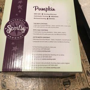 Other - Pumpkin Scentsy Warmer